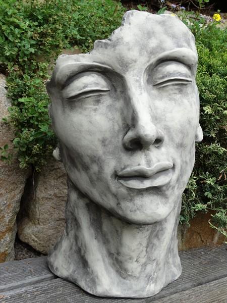 """Gesicht """"MANN"""", Steinguss, klein"""